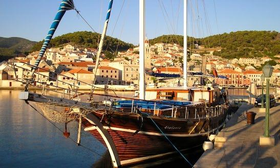 85' Schooner Charter In Split
