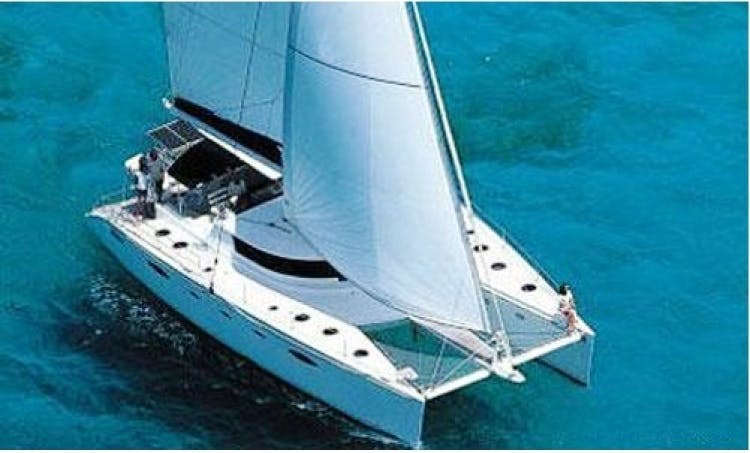 Charter Pas De Deux 60' Lagoon in Caribbean