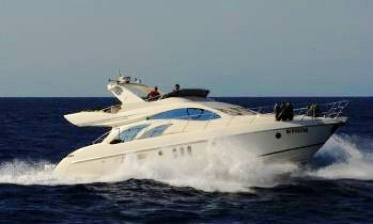 Cruise in style on an Azimut 55 Fly Power Boat - Paperinik
