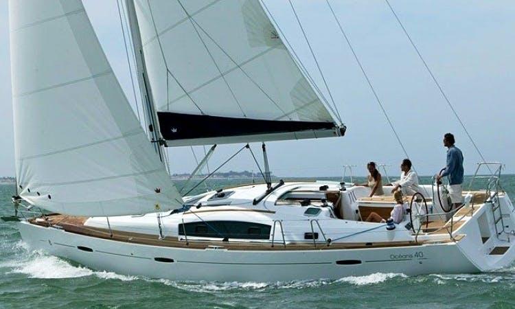 Beneteau Oceanis 40 Charter in Spain