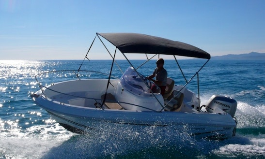 Hire A Jeanneau 16' Power Boat For 6 Person In Canet-en-roussillon, Francea
