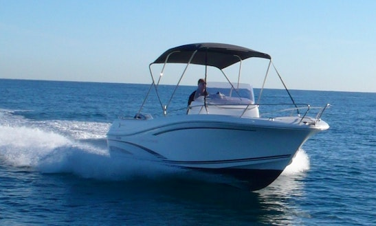 Rent 23' Jeanneau Camarat Power Boat In Canet-en-roussillon France