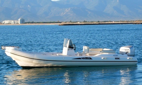 Rent 21' Center Console Power Boat In Canet-en-roussillon France