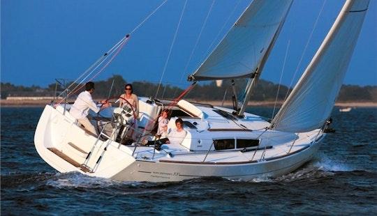 Charter Jeanneau Sun Odyssey 43 'afrodite' In Italy