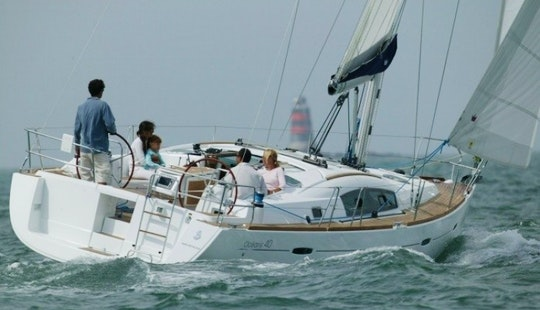 Charter Beneteau Oceanis 40 'nonna Lilli' In Italy