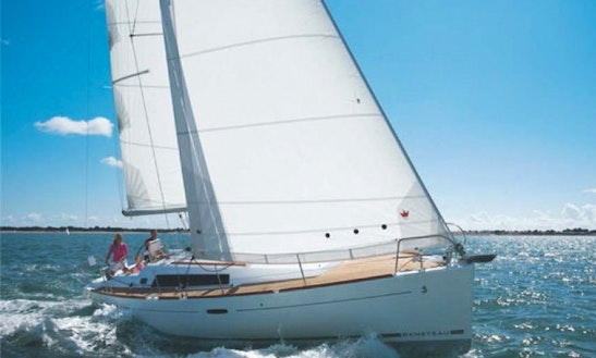 Charter Bareboat Or Skippered Beneteau Oceanis 37 Sailboat In Ireland