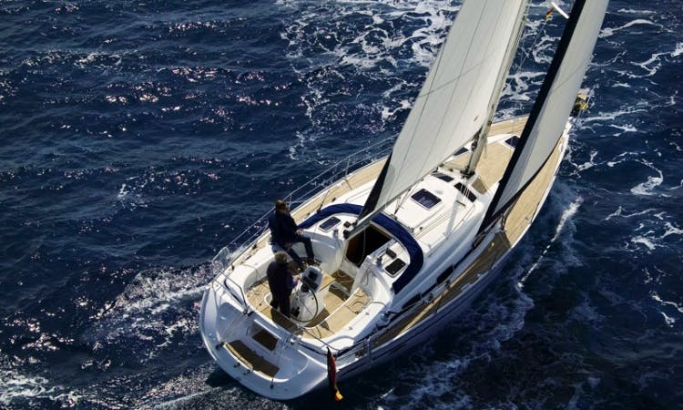 Charter Bavaria 49 Hadriel in Italy