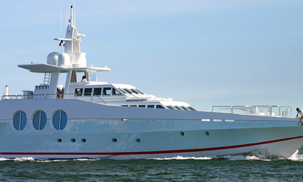 122' OceanFast Super Yacht Charter in Miami Beach-2