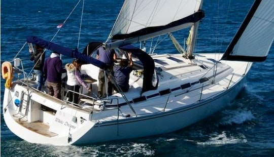 8 Persons 40' Eminence Cruising Monohull Charter In Croatia