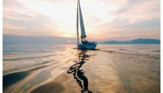 Charter Cycldes 50.5 Luxury Sailing Yacht In Fumari
