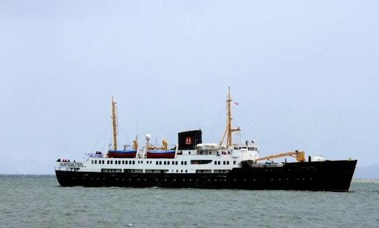 Charter Mega Yacht