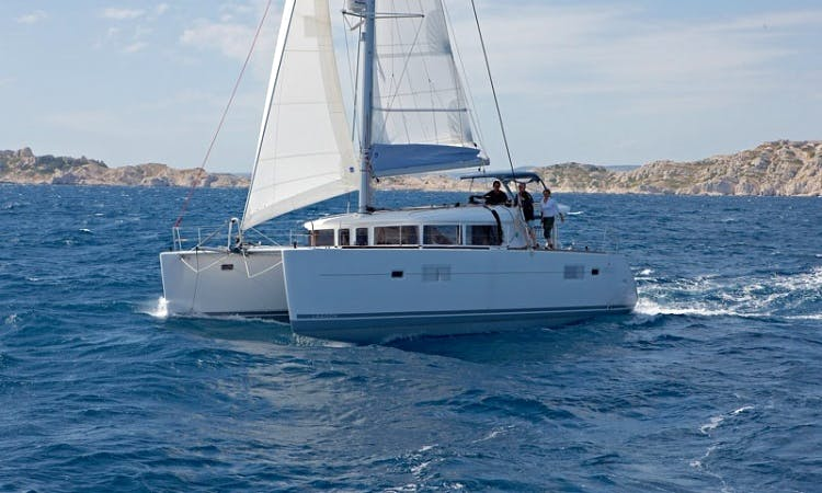 Gorgeous 2013 Lagoon 400 Catamaran Charter in British Virgin Islands