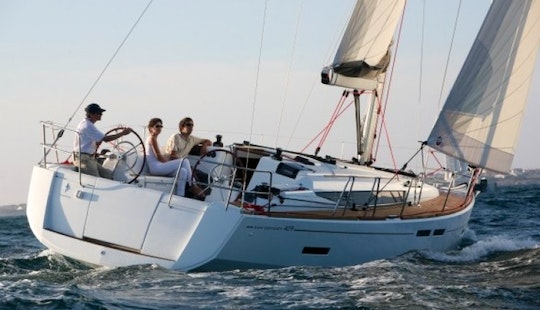 Jeanneau So 409 Cruising Monohull Charter For 10 People In Hjellestad, Norway