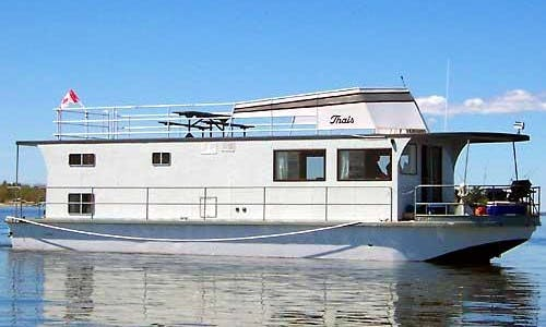 53' Houseboat Charter in Ontario, Canada for 6 person