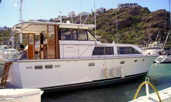 Luxury Boat Charter In San Carlos, Sonora