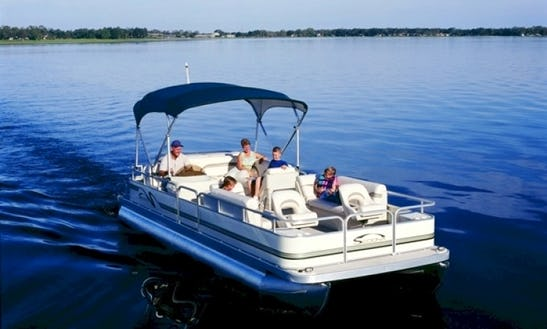 Rent A Fully Equipped Pontoons On Kentucky Lake