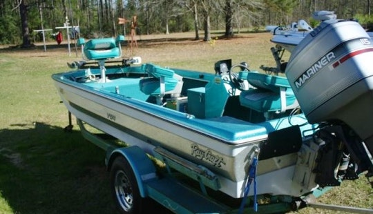 Ray Craft Boat With 110 Hp Evinrude Outboard On Kentucky Lake