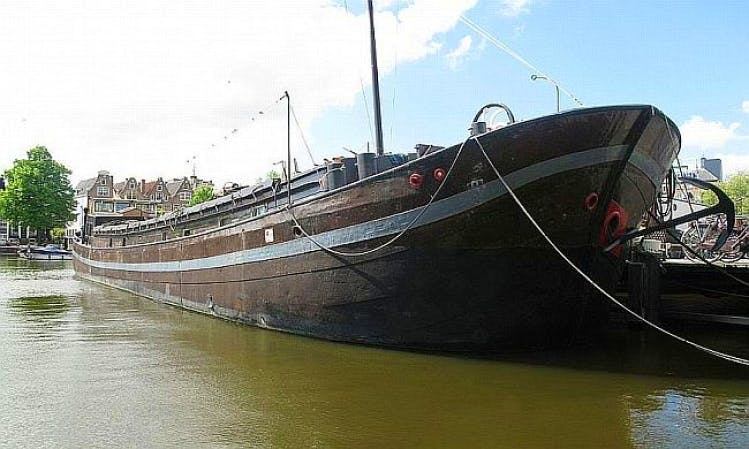 98' Houseboat Charter in Amsterdam, Netherlands