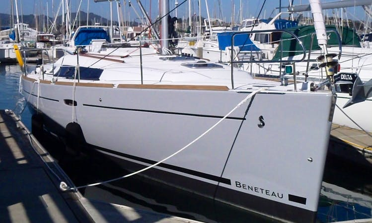 "Explore San Francisco Bay On Beneteau 37 ""Auriah"" Sailboat In Sausalito, California"