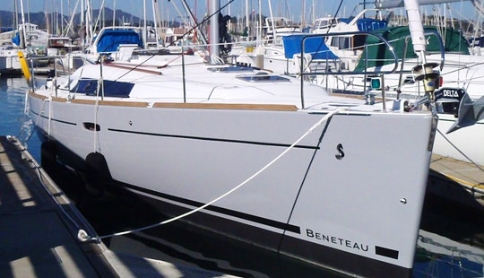 Explore San Francisco Bay On Beneteau 37