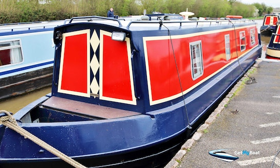 Narrowboat Casanova 4 Berth 45 Ft