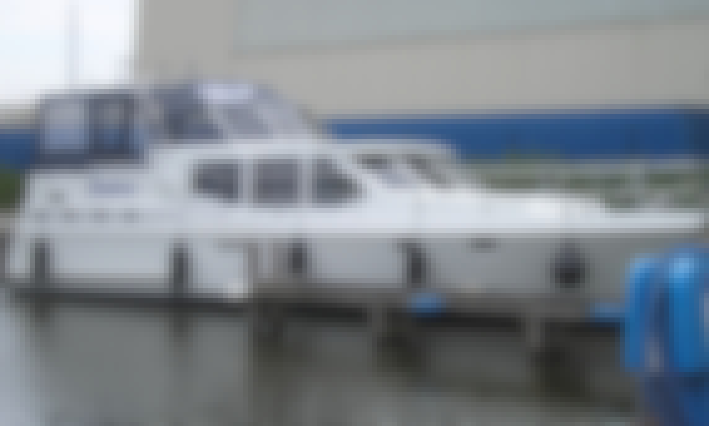 "Charter ""Twieberr' Motor Yacht in Friesland, Netherlands for up to 6 people"