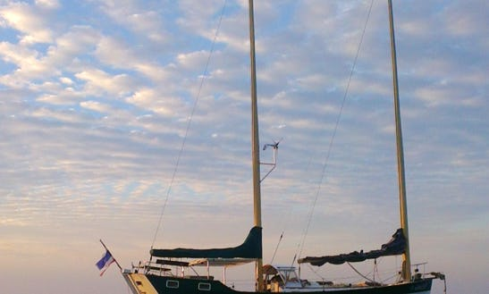 Sailing Yacht Charter Freedom 40 In Ko Tao