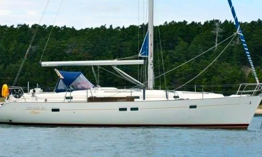 Charter Oceanis Clipper 411 In Italy