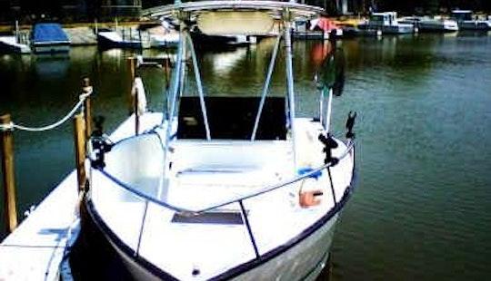 22' Angler Fishing Charter In Oak Harbor