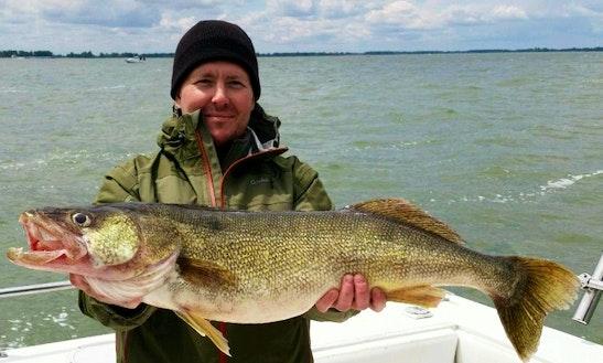 30' Sport Craft Fishing Charter In Oak Harbor