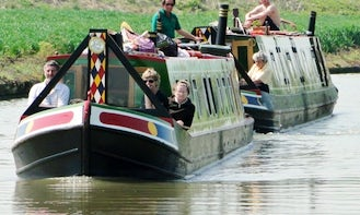 Narrowboat Charter for 7 People in Chester