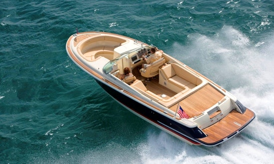Rent 28' Chris Craft Bowrider In Leander, Texas