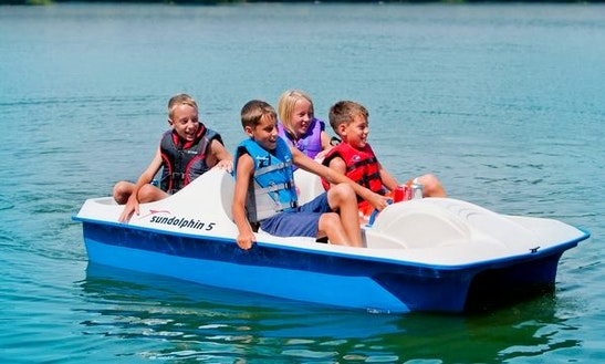 Paddle Boat Rental On The Elk River In Missouri