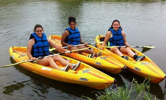 Single Kayak Rentals On The San Antonio River