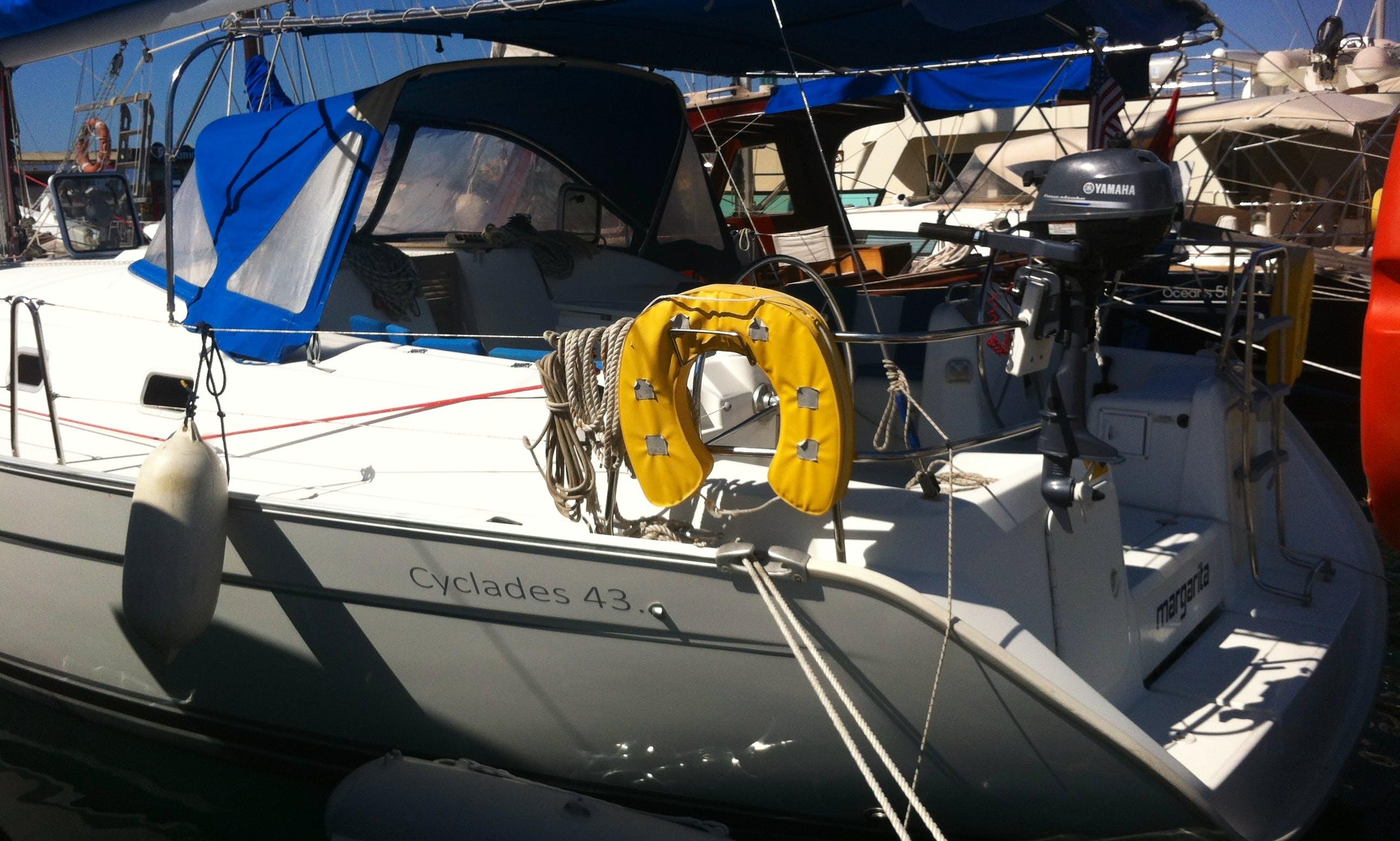 Beneteau Cyclades 43 Cruising Monohul Bareboat Charter in Turgutreis, Turkey