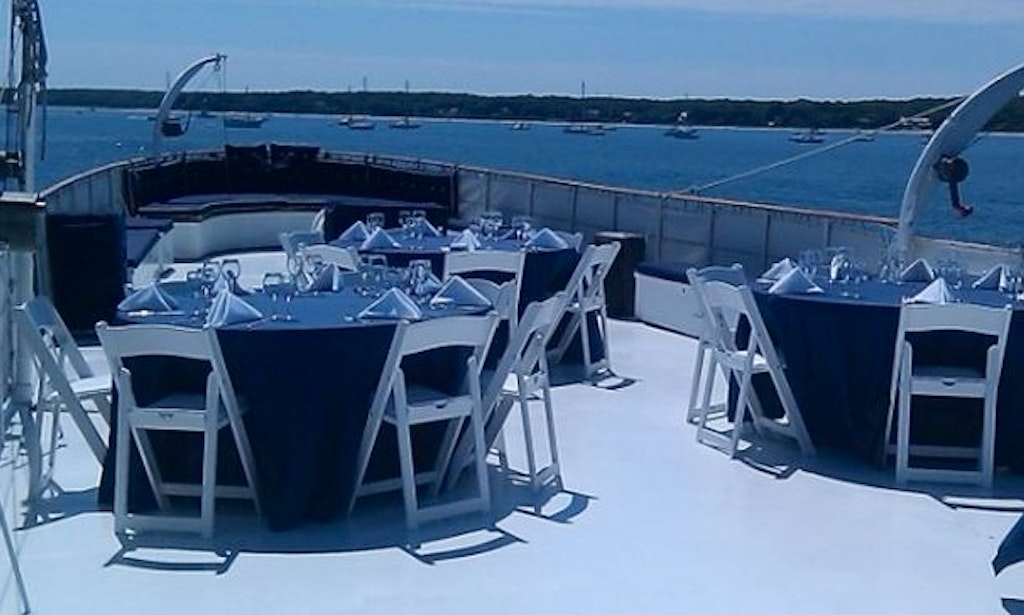 122 39 power mega yacht charter in west palm beach florida for Port motors west palm beach