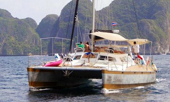 Sailing Catamaran Teora