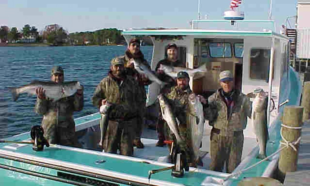 Fishing charter on 42 39 fiberglass fishing boat in for Virginia out of state fishing license