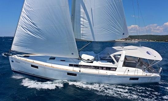 Charter A 48' Oceanis  In Sukosan, Croatia
