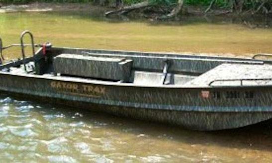 17' Jon Boat Gator Trax In St Bernard, Louisiana United States