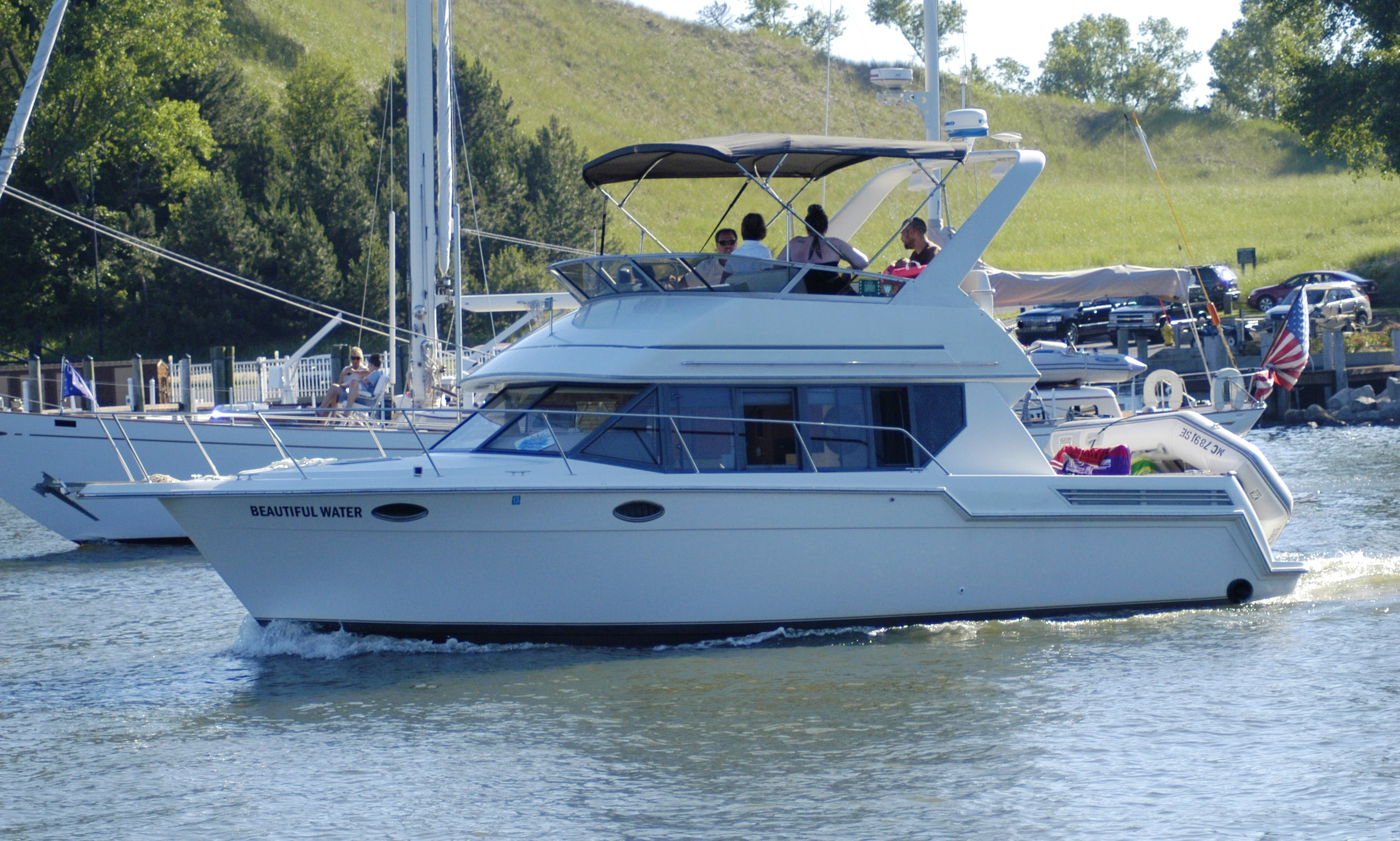 Guided Tour Charter in Saugatuck / Beau H2O Excursions