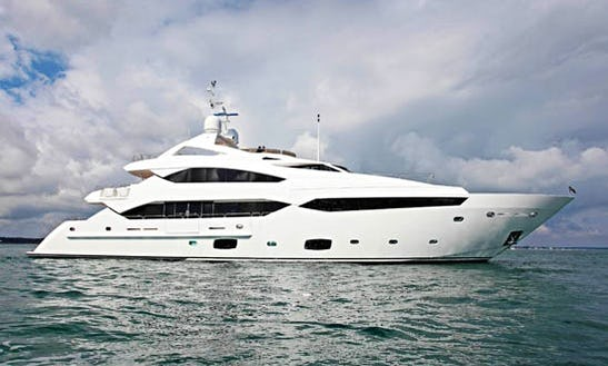 Charter A Sunseeker Yacht 40m In The Seychelles