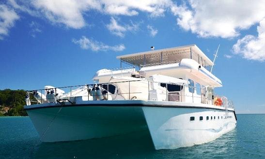 Power Catamaran Charter In The Seychelles