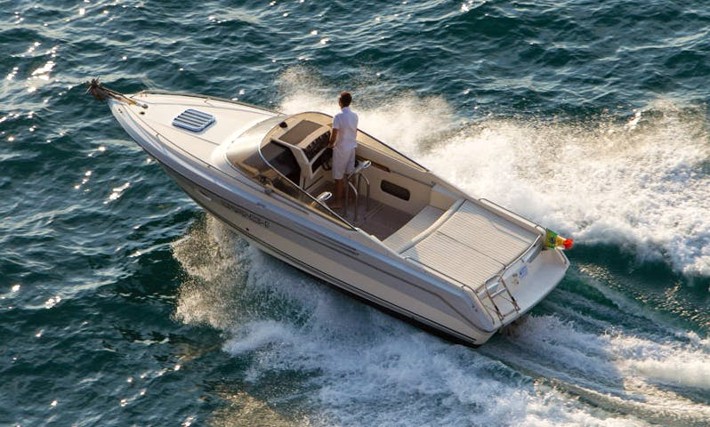 Rent a 2000 Clipper Bowrider in Campania, Italy for 6 person