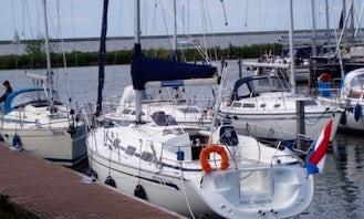 Charter Bavaria 30 in Zeeland and Friesland