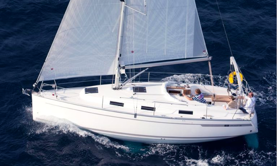 12' Bavaria 32 Cruiser Charter In Biograd Na Moru