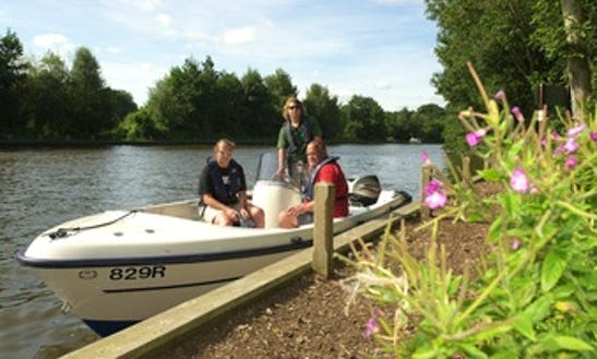 Guided Broad Trips At Salhouse Broad