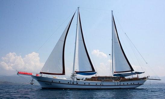 Gulet 'parlak' Charter In Marmaris