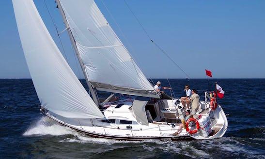Charter Delphia 40