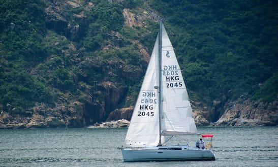 Beneteau 34 Charter In Hong Kong